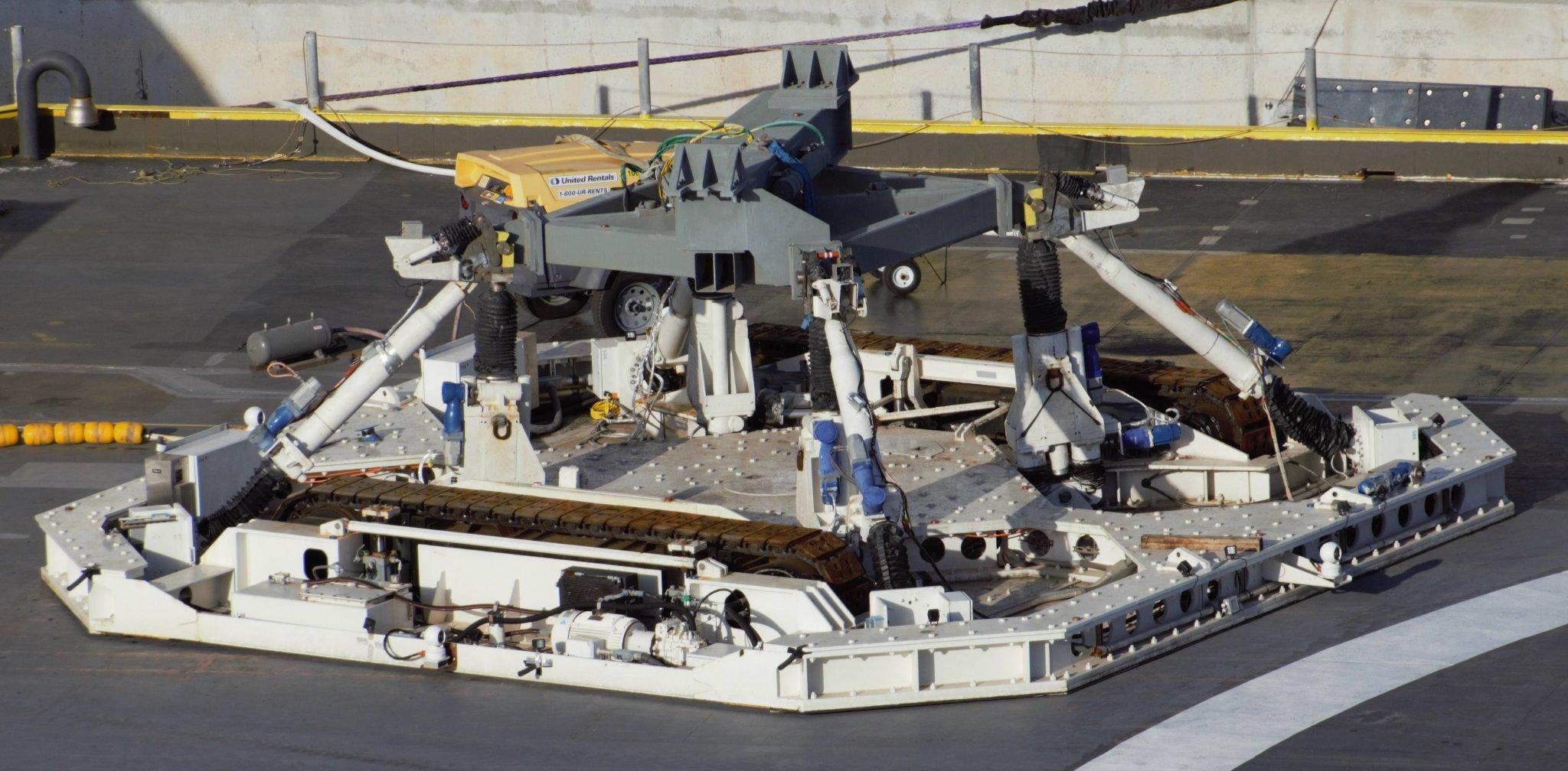 [SpaceX] Barges et flotte maritime de SpaceX - Page 4 1_jfif73