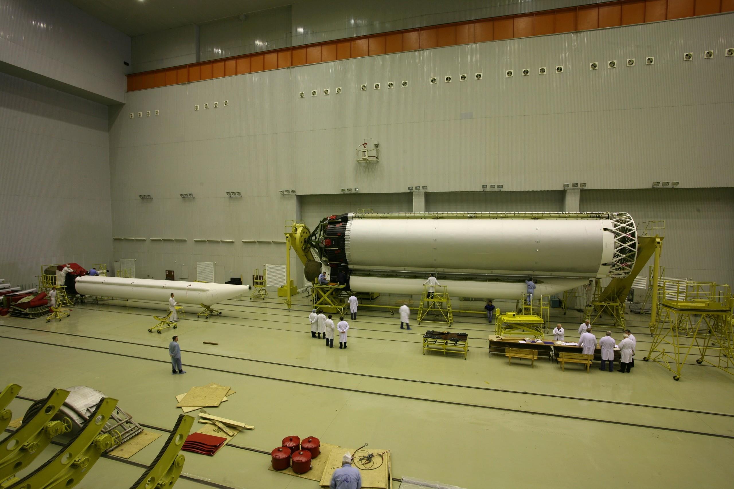 Proton-M/Briz-M (Express 80 & 103) - Baï - 30.7.2020 1_jfif90