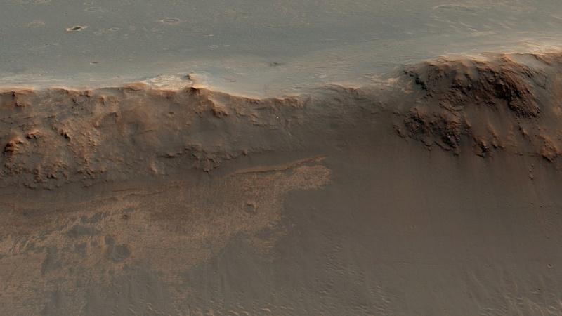 Opportunity et l'exploration du cratère Endeavour - Page 11 211