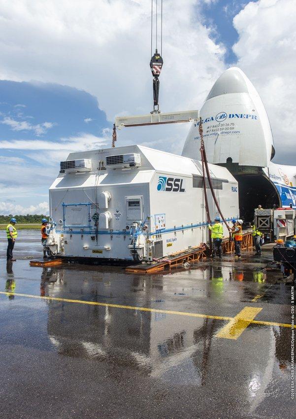 Ariane 5 VA249 (Intelsat 39 + EDRS-C/Hylas-3) - 6.8.2019   2197
