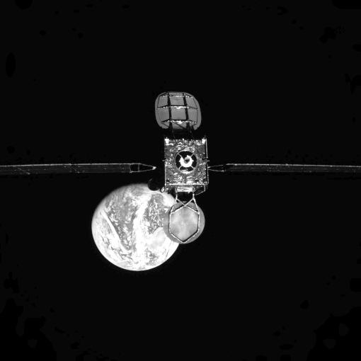 """Le """"remorqueur spatial"""" MEV-1 220"""