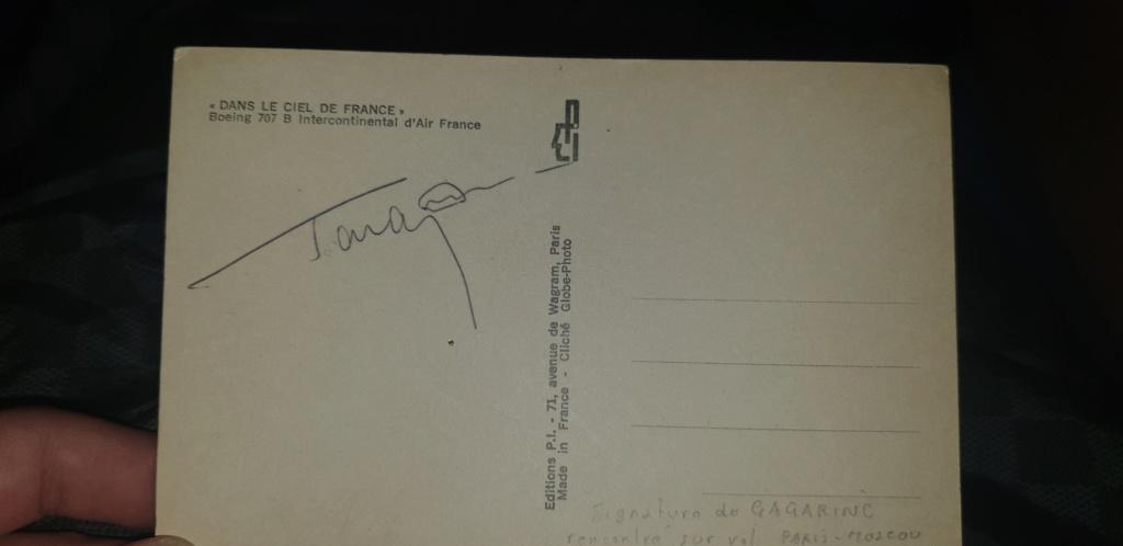 Signatures inconnues de cosmonautes russes ? 2225