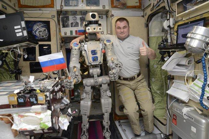 Fedor, le robot anthropomorphique avatar ! 2238
