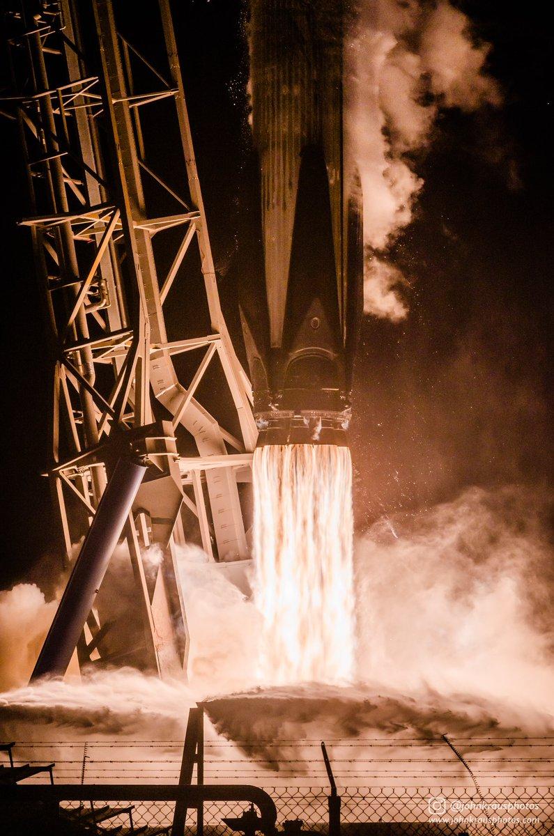 """Falcon 9 block 5 (Telkom-4 """"Merah Putih"""") - 7.8.2018  - Page 2 226"""