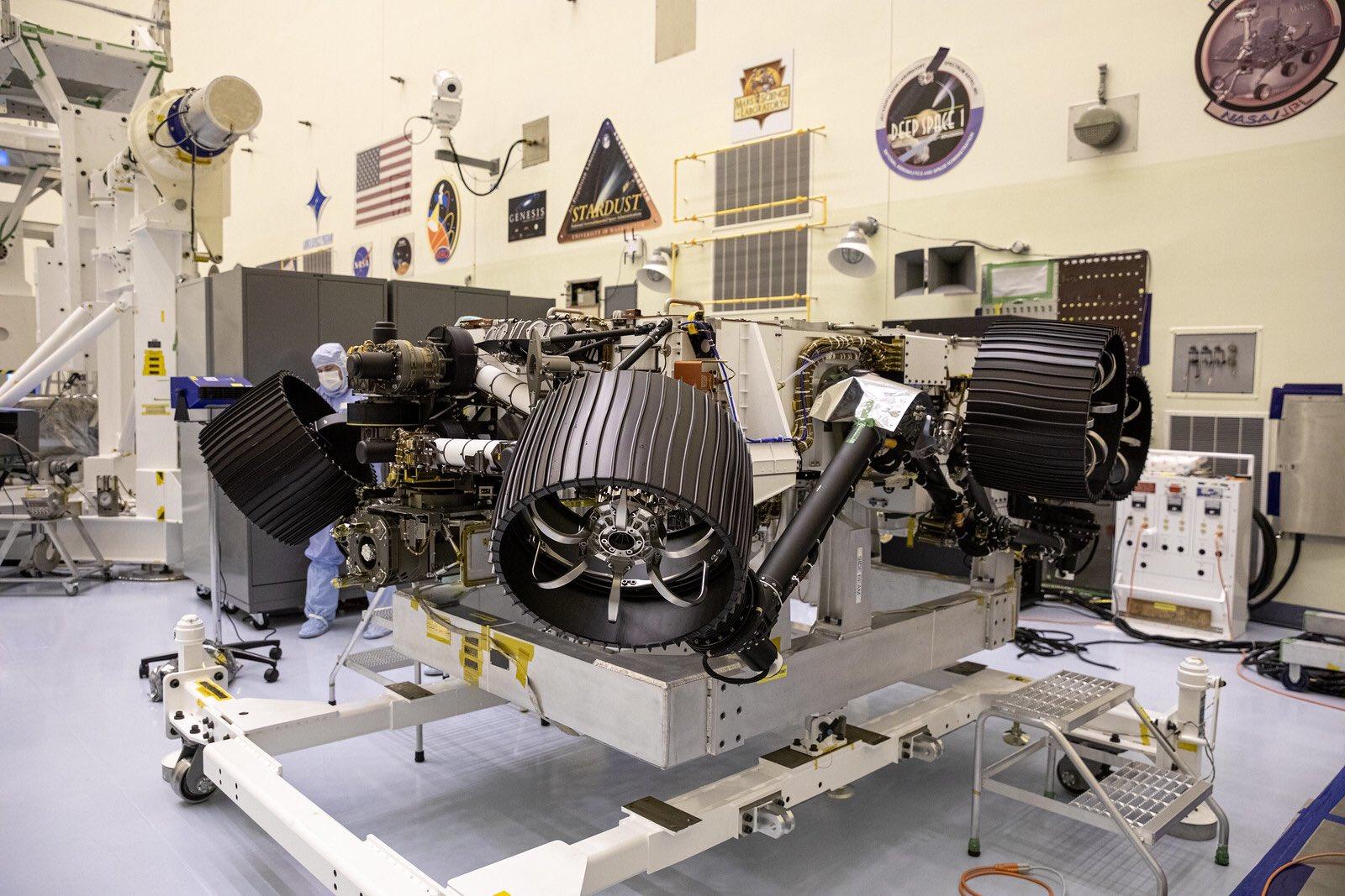"Préparation du rover Mars 2020 ""Perseverance"" - Page 11 2331"