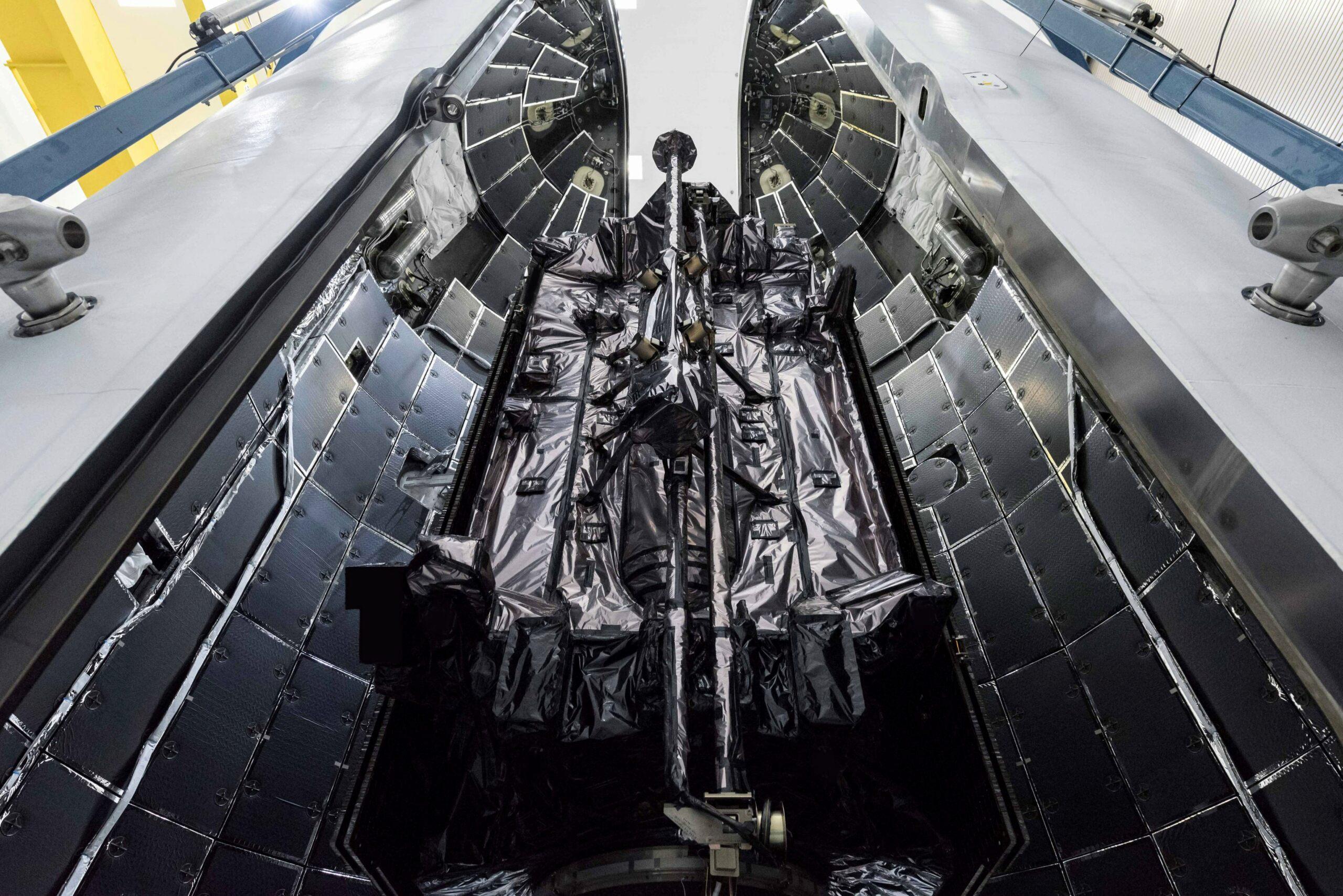 Falcon 9 (GPS III SV04) - CCAFS - 2020 2383
