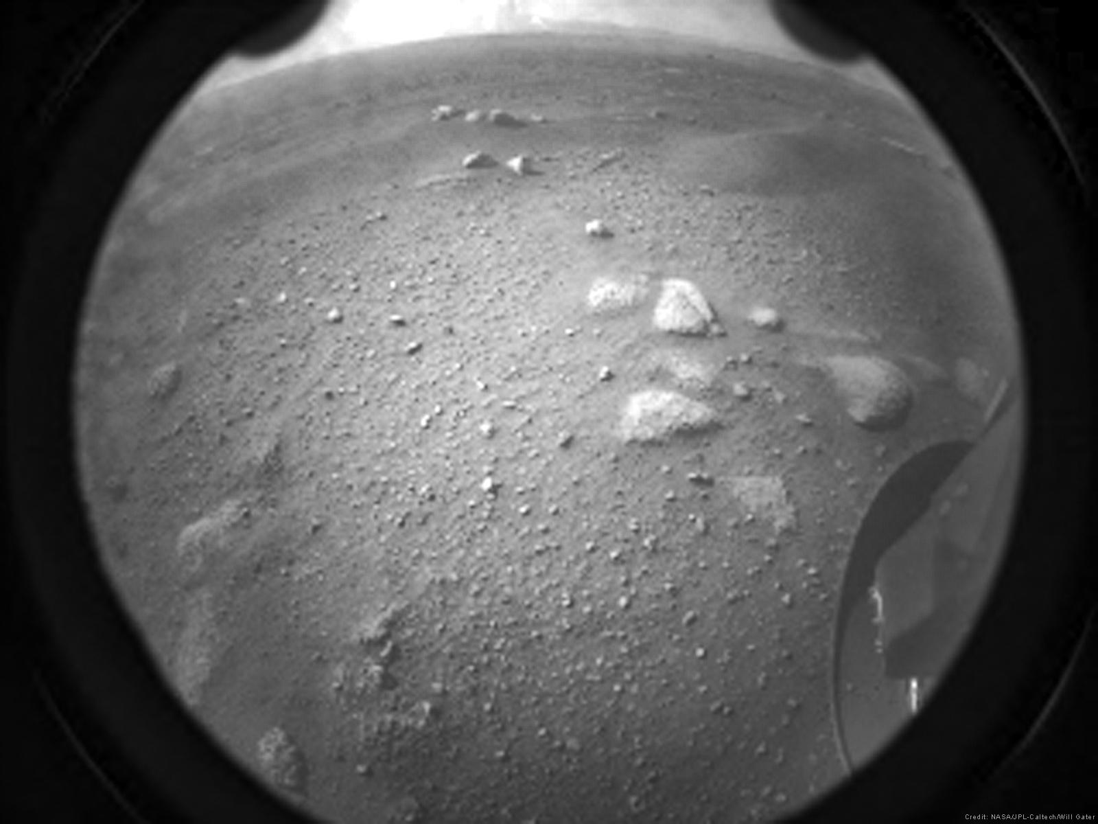 Mars 2020 (Perseverance) : Exploration du cratère Jezero 2450