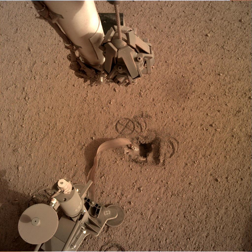InSight - Mission d'exploration sur Mars - Page 24 2_jfif38