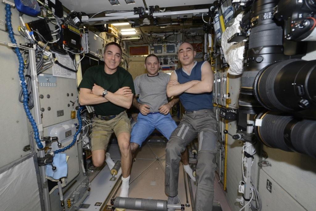Une fuite d'air dans l'ISS 3192