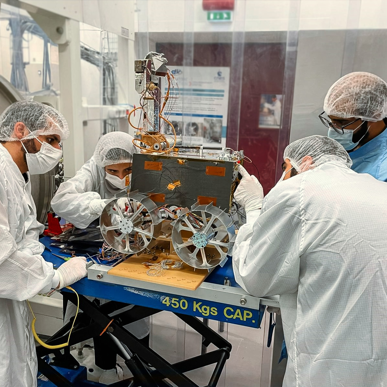 "[EAU] ""Rashid"", un rover lunaire en 2024 3258"