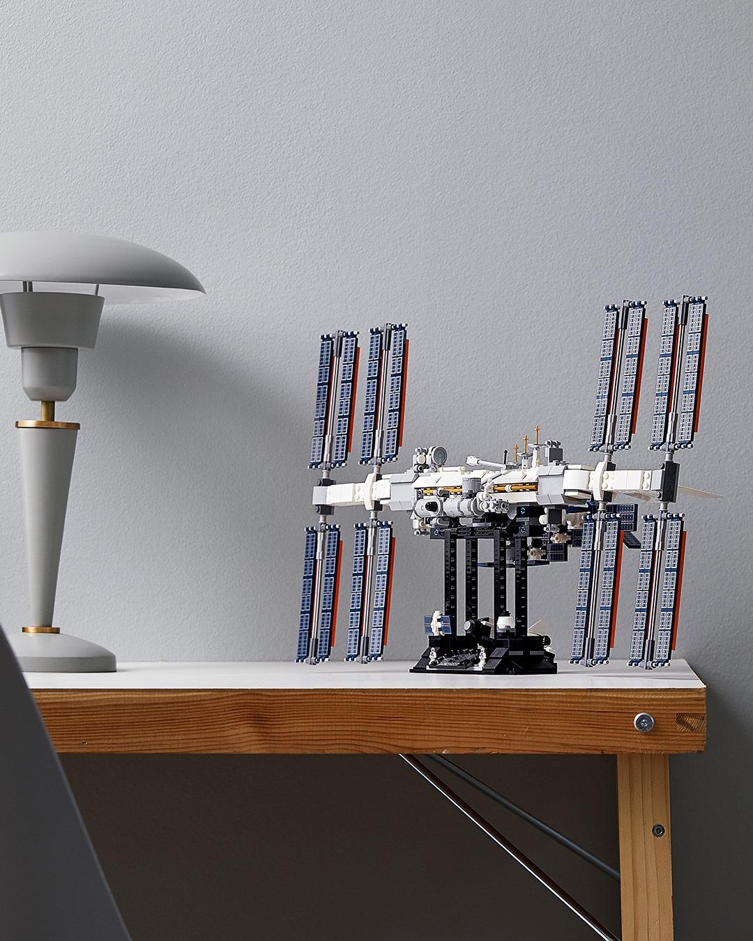L'ISS en Lego ! 464