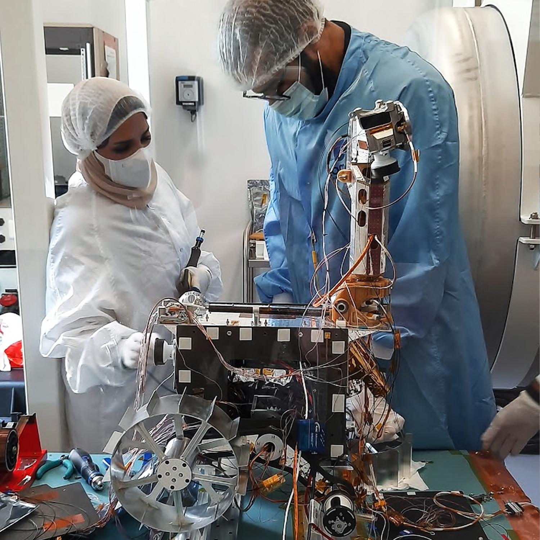 "[EAU] ""Rashid"", un rover lunaire en 2024 494"