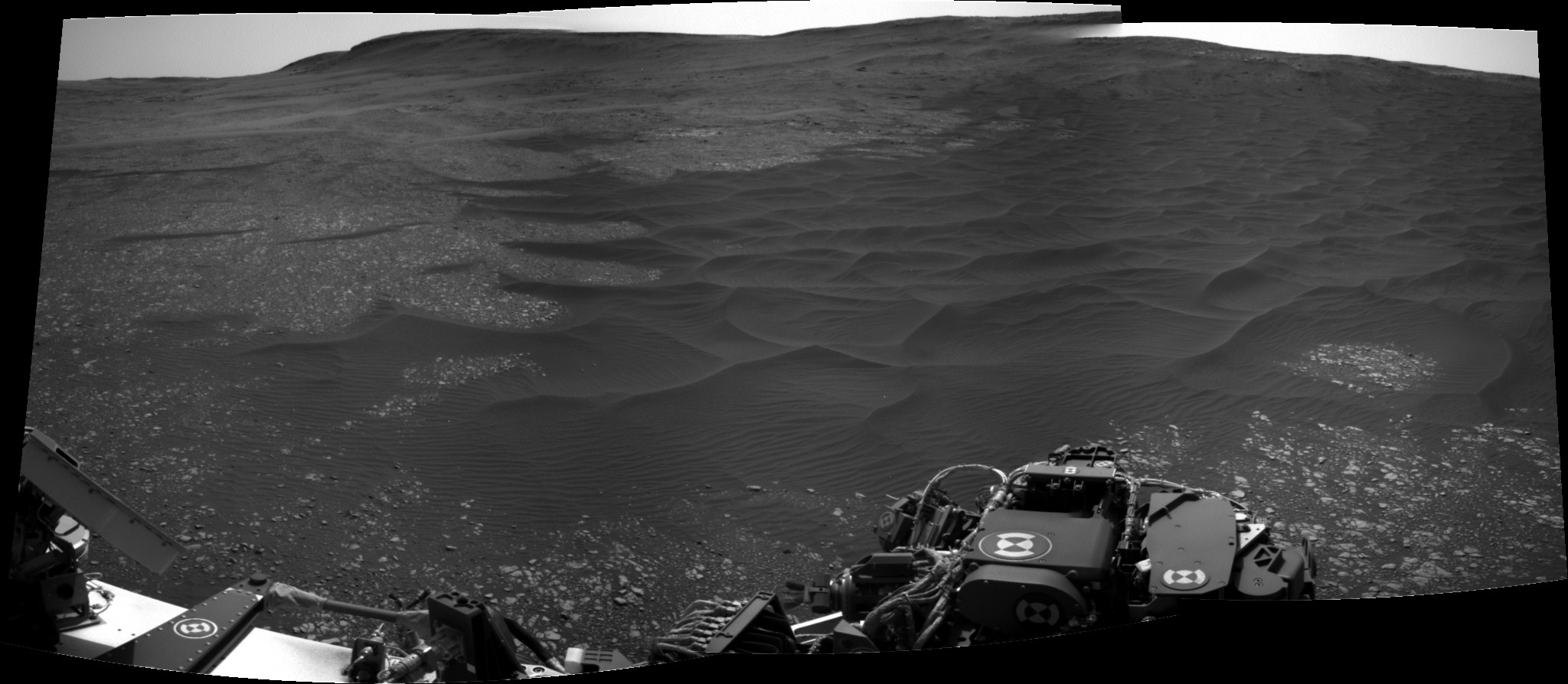 [Curiosity/MSL] L'exploration du cratère Gale (3/3) - Page 2 Pano10