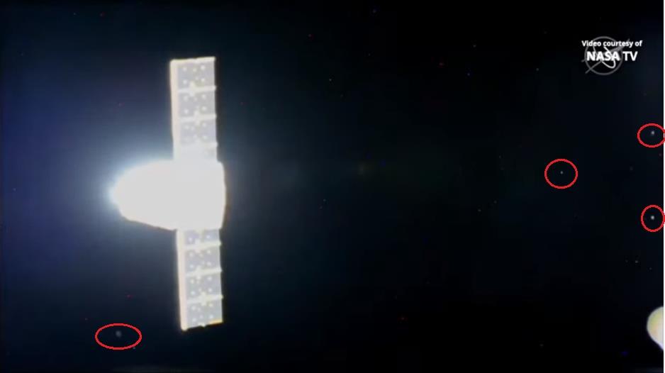 Falcon 9 (CRS-19) - CCAFS - 5.12.2019   - Page 3 Scre1103