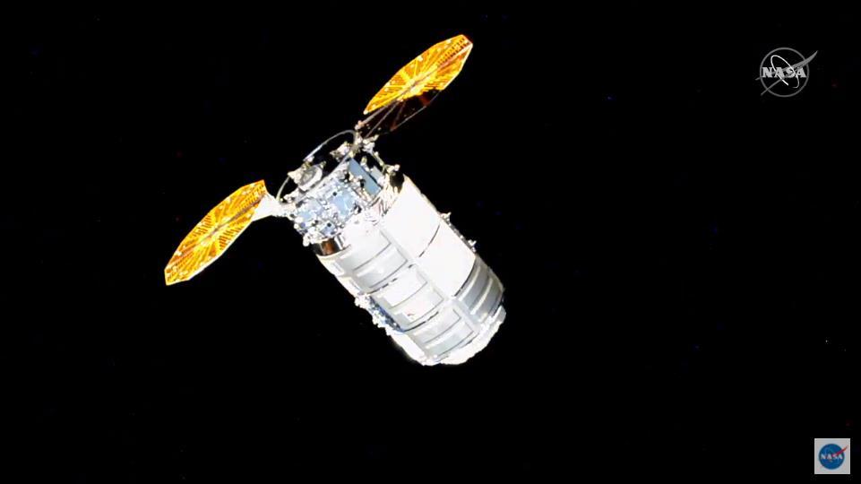 Antares 230+ (Cygnus NG-14 S.S. Kalpana Chawla) - WFF - 3.10.2020 - Page 2 Scre1585