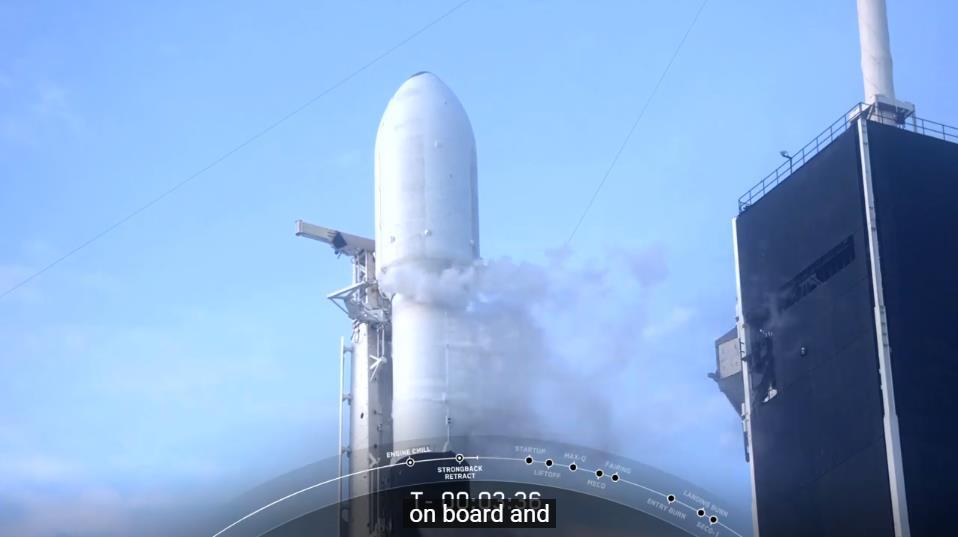 Falcon 9 (Starlink v1.0 L12) - KSC - 6.10.2020 - Page 3 Scre1598