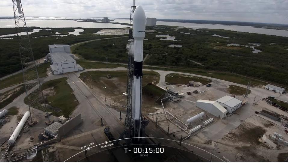 Falcon 9 (Sirius XM-7) - CCAFS - 13.12.2020 - Page 2 Scre1712