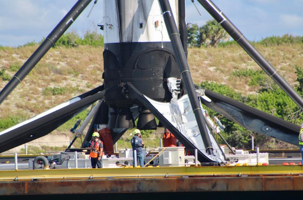 Falcon 9 block 5 (Telstar 18 Vantage) - 10.09.2018 - Page 3 Scree124