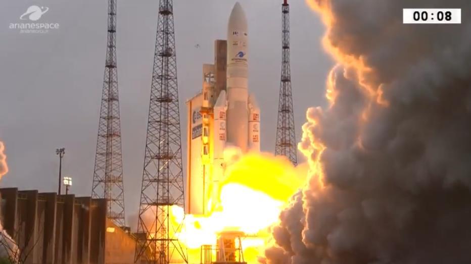 Ariane 5 VA247 (HS-4/SGS-1 + GSAT-31) - 5.2.2019 Scree400