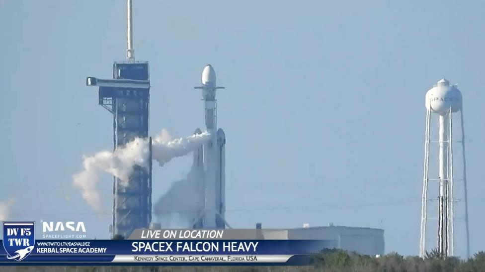 Falcon Heavy (Arabsat 6A) - KSC - 11.4.2019 - Page 6 Scree541