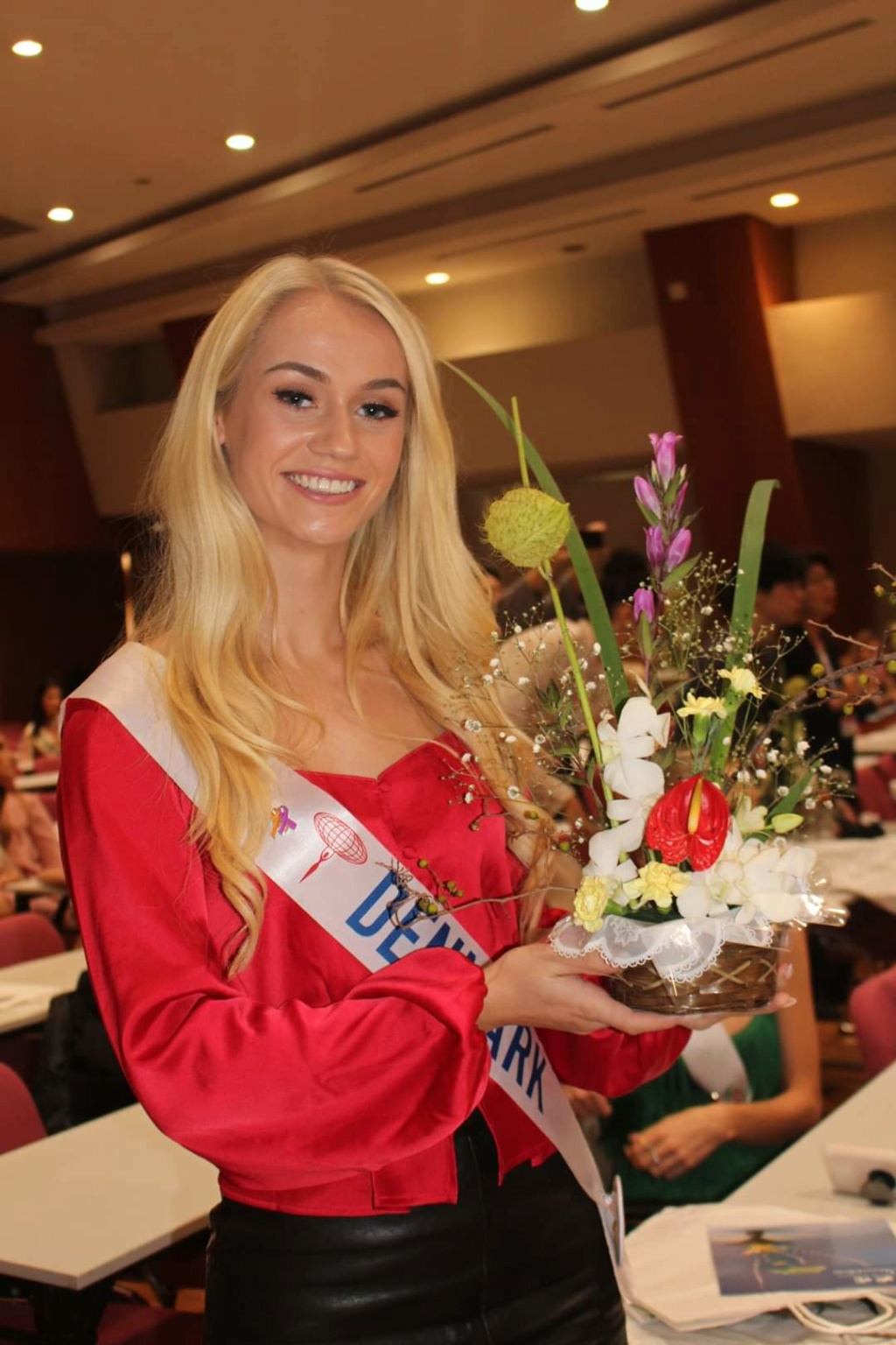 ***Road to Miss International 2019- OFFICIAL COVERAGE  (12 November)*** - Official photos p.11 - Page 13 Fb_12496