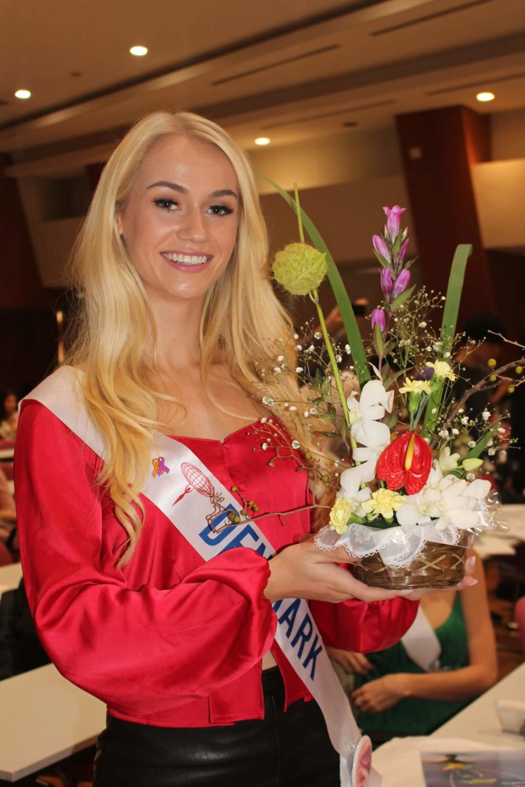 ***Road to Miss International 2019- OFFICIAL COVERAGE  (12 November)*** - Official photos p.11 - Page 13 Fb_12497