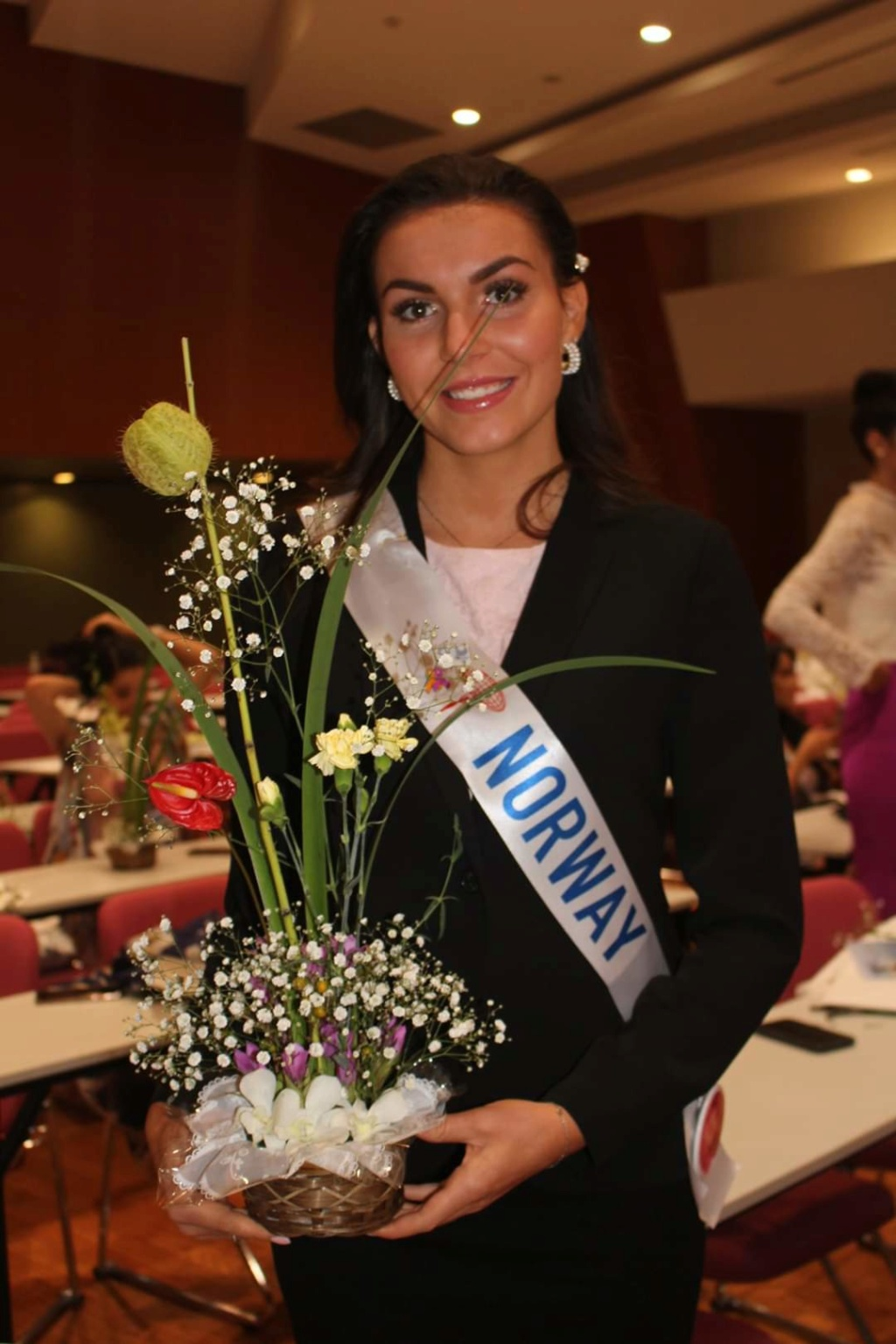 ***Road to Miss International 2019- OFFICIAL COVERAGE  (12 November)*** - Official photos p.11 - Page 13 Fb_12498