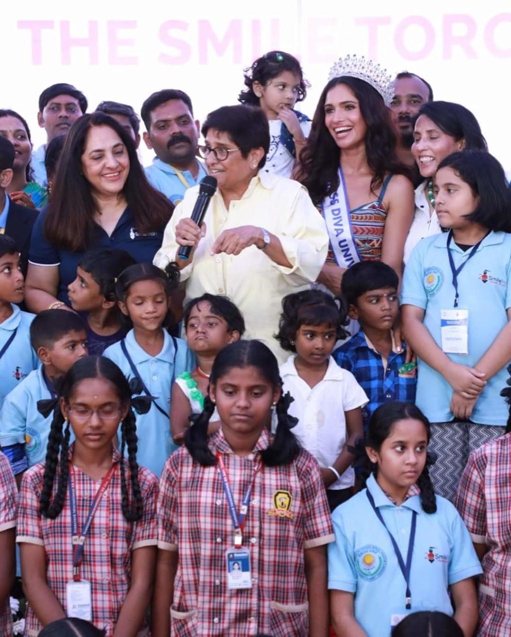 Vartika Singh (INDIA GRAND INTERNATIONAL 2015 & UNIVERSE 2019) - Page 2 Fb_12885