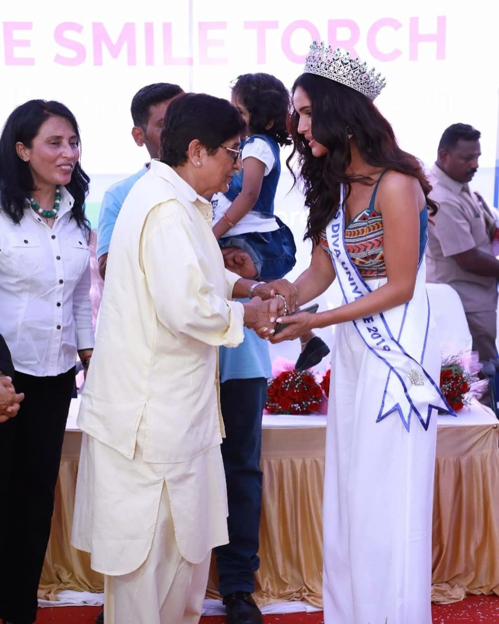 Vartika Singh (INDIA GRAND INTERNATIONAL 2015 & UNIVERSE 2019) - Page 2 Fb_12888