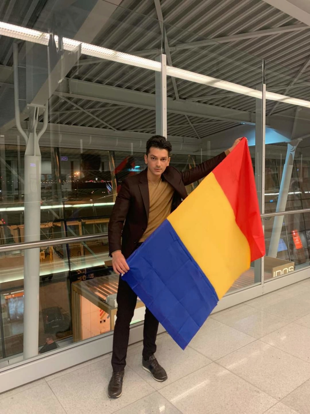 ROAD TO MISTER SUPRANATIONAL 2019 - OFFICIAL COVERAGE - Page 3 Fb_13164