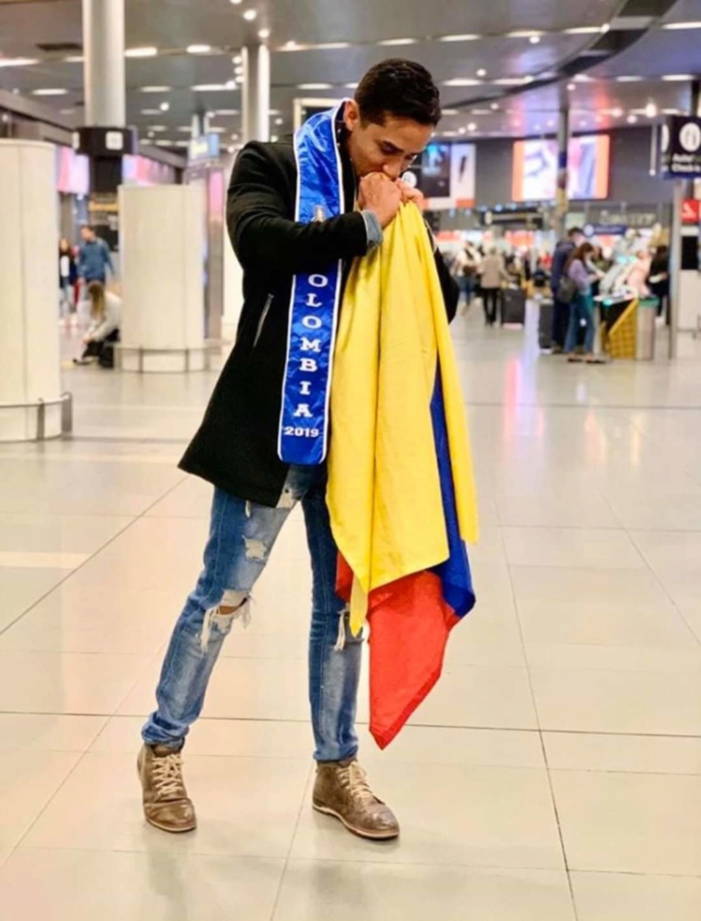 ROAD TO MISTER SUPRANATIONAL 2019 - OFFICIAL COVERAGE - Page 3 Fb_13168