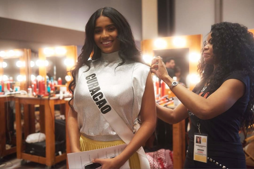 MISS UNIVERSE 2019 - OFFICIAL COVERAGE  - Page 6 Fb_13584