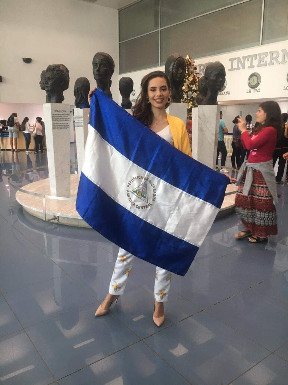 MISS UNIVERSE 2019 - OFFICIAL COVERAGE  - Page 6 Fb_13618