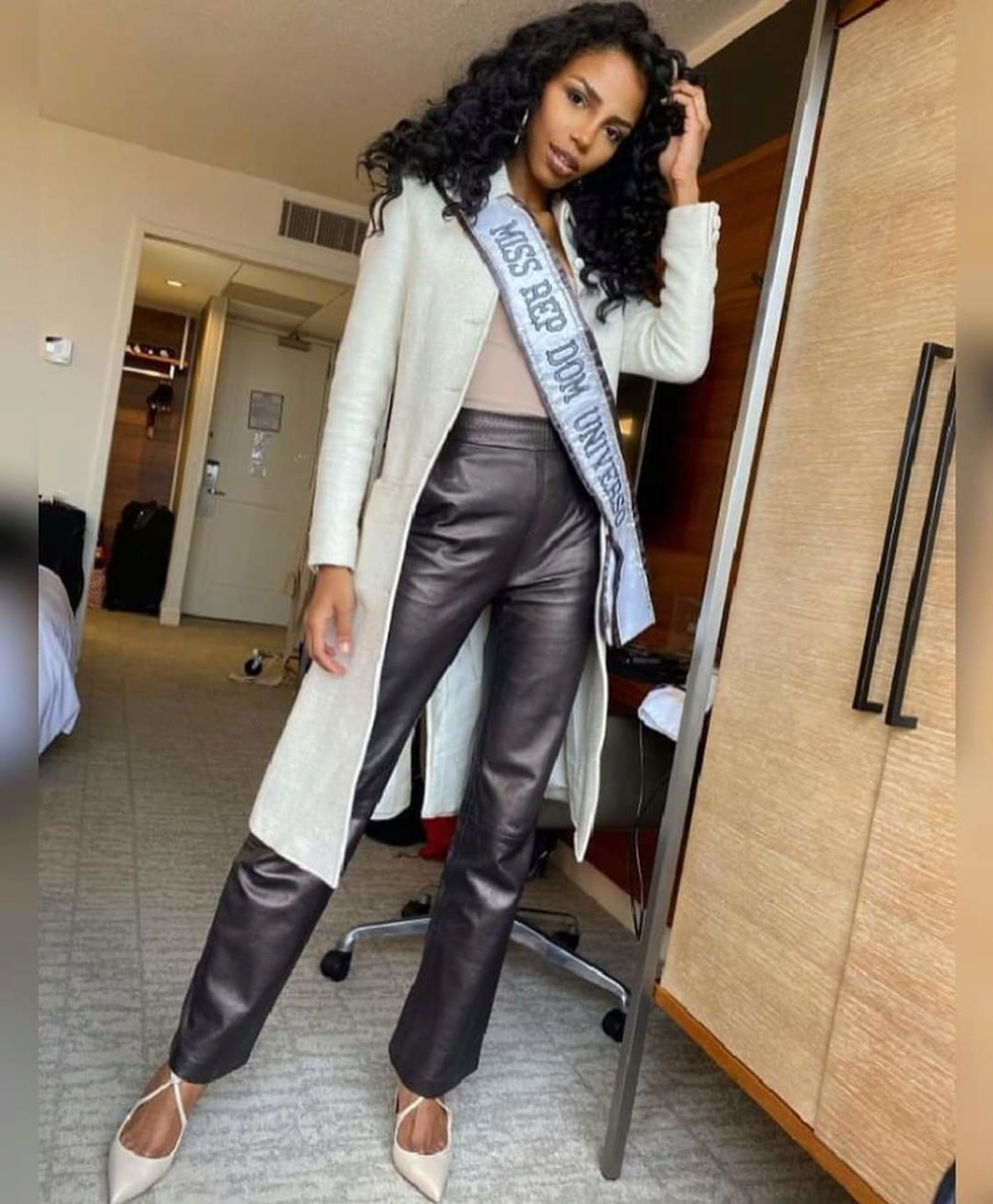 MISS UNIVERSE 2019 - OFFICIAL COVERAGE  - Page 6 Fb_13622