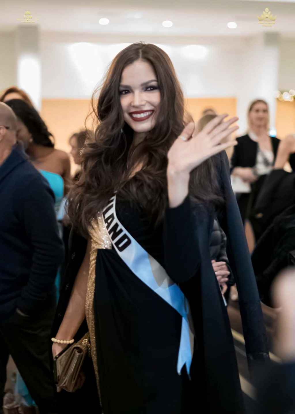 MISS UNIVERSE 2019 - OFFICIAL COVERAGE  - Page 9 Fb_13837