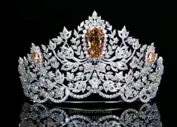 MOUAWAD as the new Crown Sponsor FOR Miss Universe Fb_14118