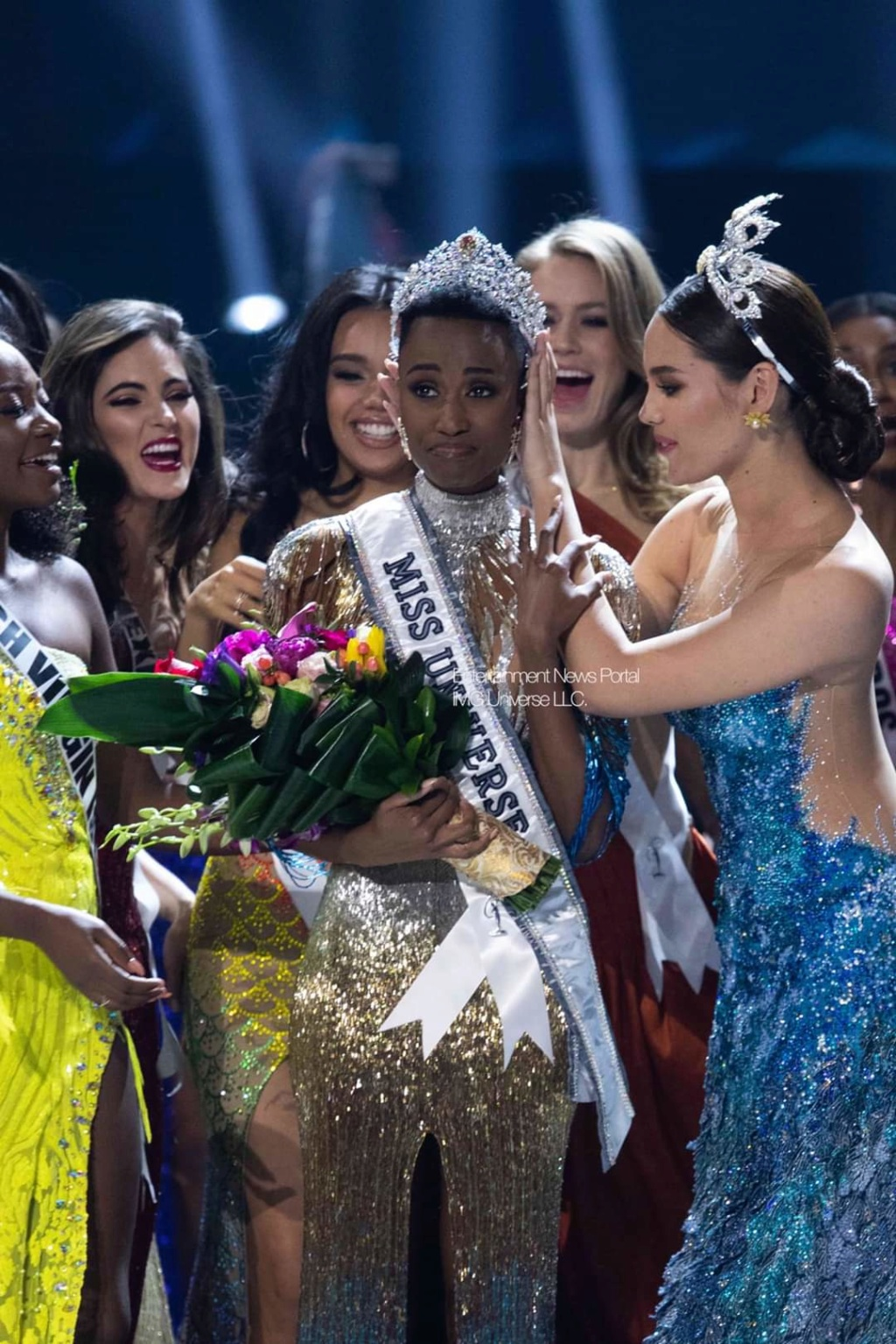 The Official Thread Of Miss Universe 2019 : Zozibini Tunzi of South Africa Fb_14376