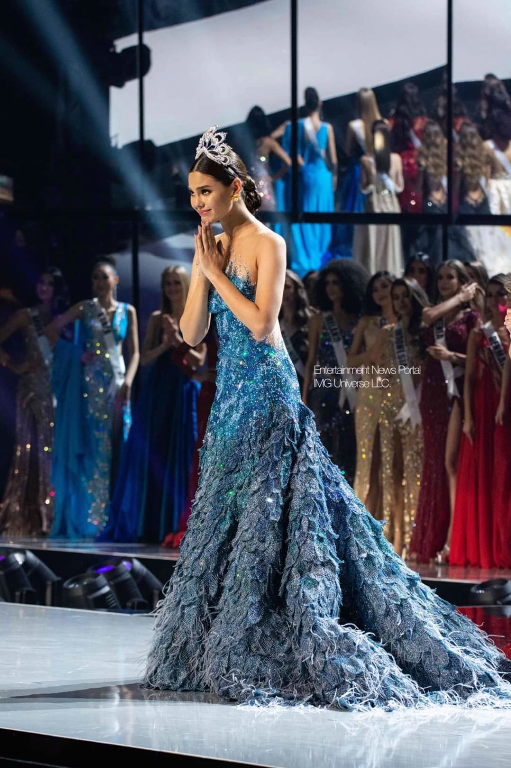 ♔ The Official Thread of MISS UNIVERSE® 2018 Catriona Gray of Philippines ♔ - Page 21 Fb_14378