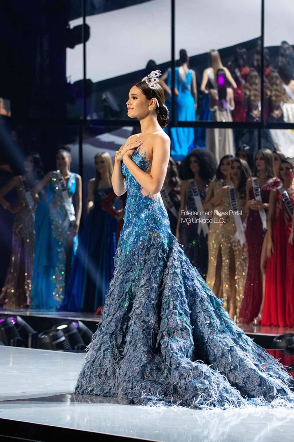 ♔ The Official Thread of MISS UNIVERSE® 2018 Catriona Gray of Philippines ♔ - Page 21 Fb_14381