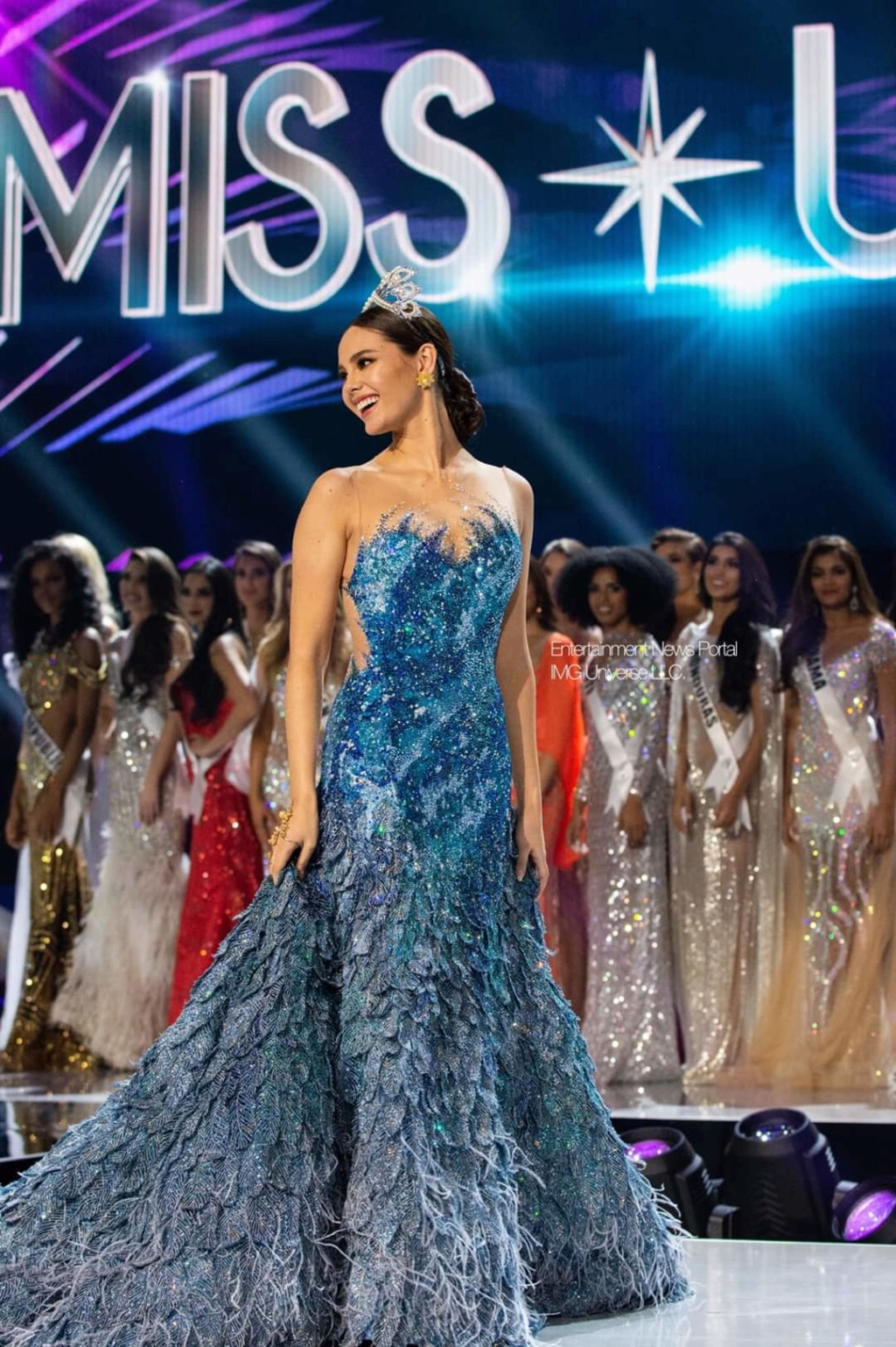 ♔ The Official Thread of MISS UNIVERSE® 2018 Catriona Gray of Philippines ♔ - Page 21 Fb_14382
