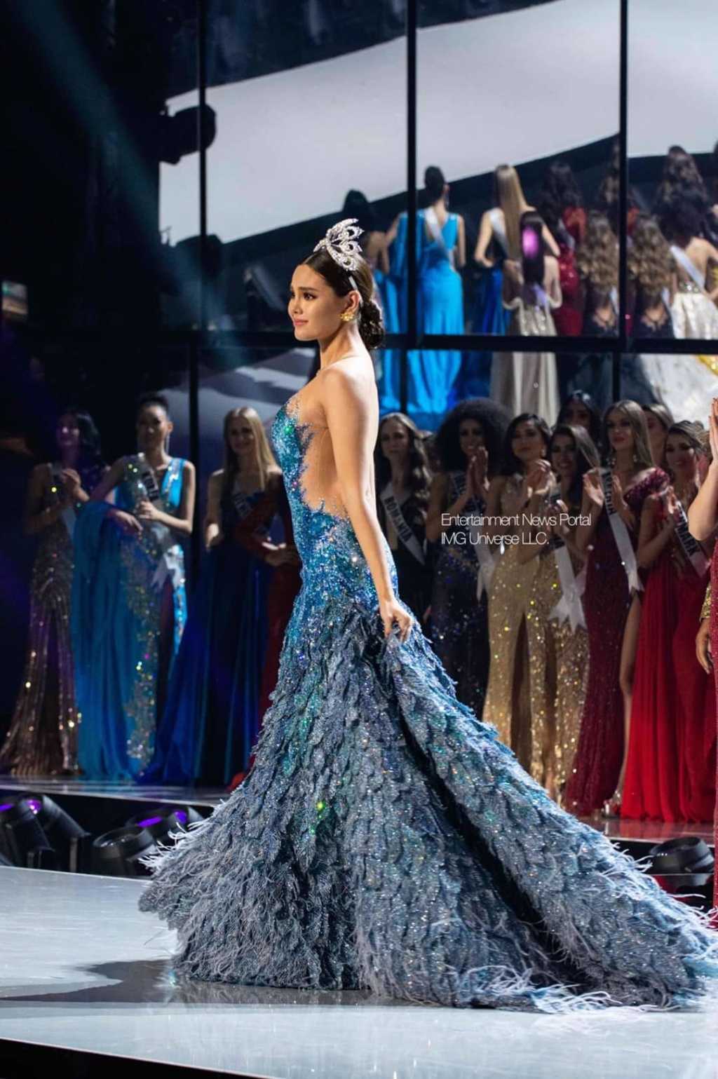 ♔ The Official Thread of MISS UNIVERSE® 2018 Catriona Gray of Philippines ♔ - Page 21 Fb_14384