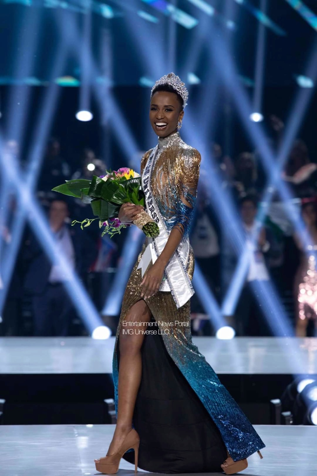 The Official Thread Of Miss Universe 2019 : Zozibini Tunzi of South Africa Fb_14413