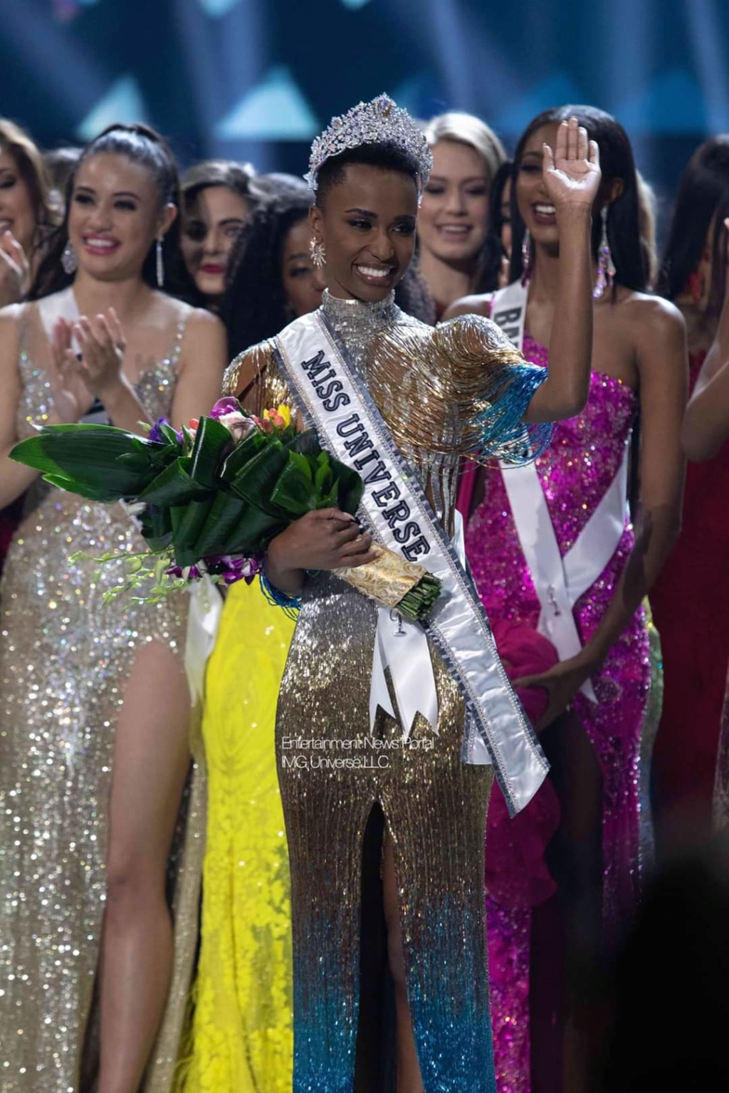 The Official Thread Of Miss Universe 2019 : Zozibini Tunzi of South Africa Fb_14415