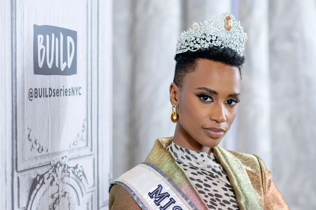 The Official Thread Of Miss Universe 2019 : Zozibini Tunzi of South Africa - Page 2 Fb_14733