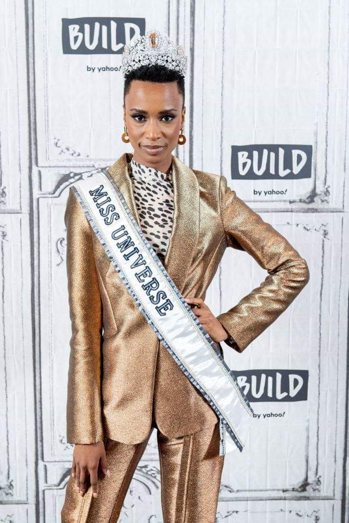 The Official Thread Of Miss Universe 2019 : Zozibini Tunzi of South Africa - Page 2 Fb_14734
