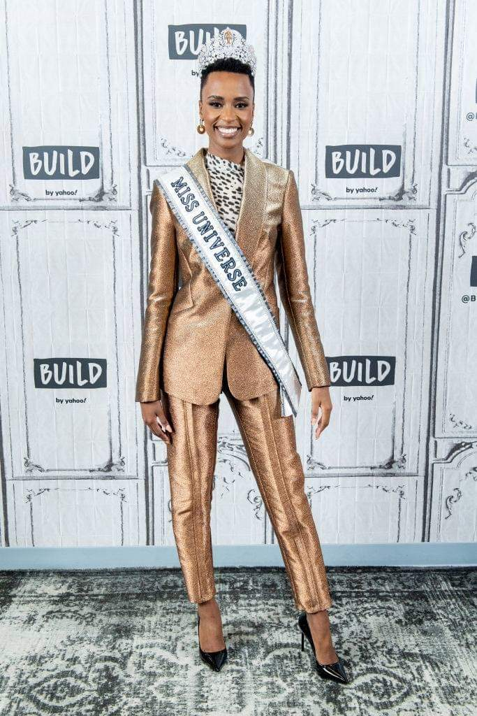 The Official Thread Of Miss Universe 2019 : Zozibini Tunzi of South Africa - Page 2 Fb_14735