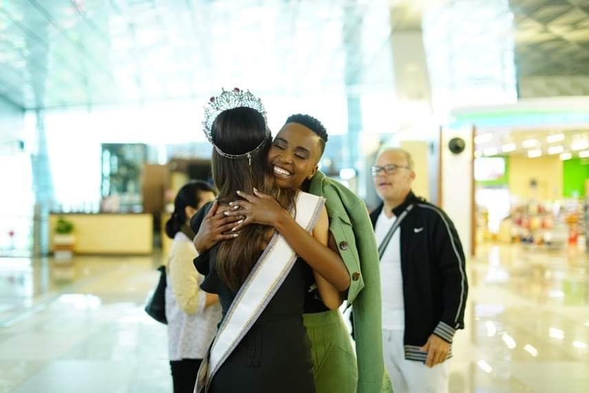 The Official Thread Of Miss Universe 2019 : Zozibini Tunzi of South Africa - Page 4 Fb_15178