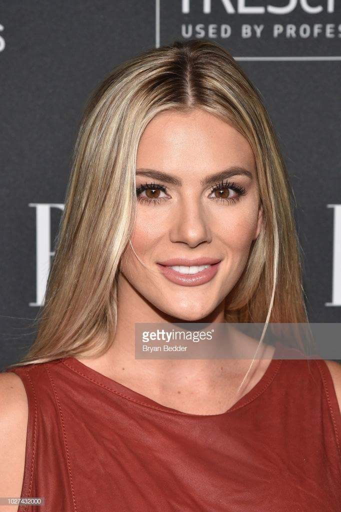 MISS USA 2018: Sarah Rose Summers from Nebraska - Page 4 Fb_i1840