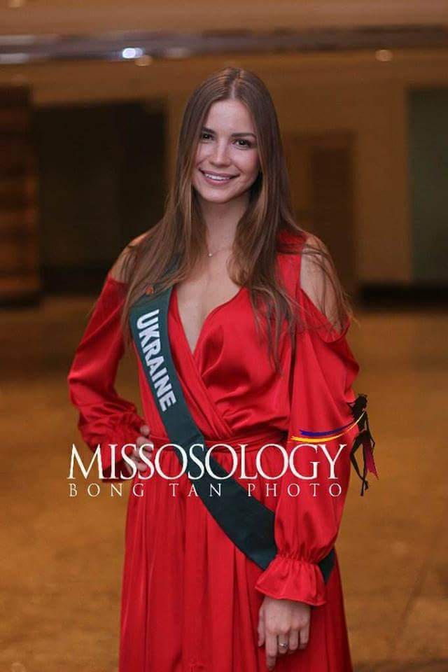 ✪✪✪✪✪ ROAD TO MISS EARTH 2018 ✪✪✪✪✪ COVERAGE - Finals Tonight!!!! - Page 6 Fb_i2694