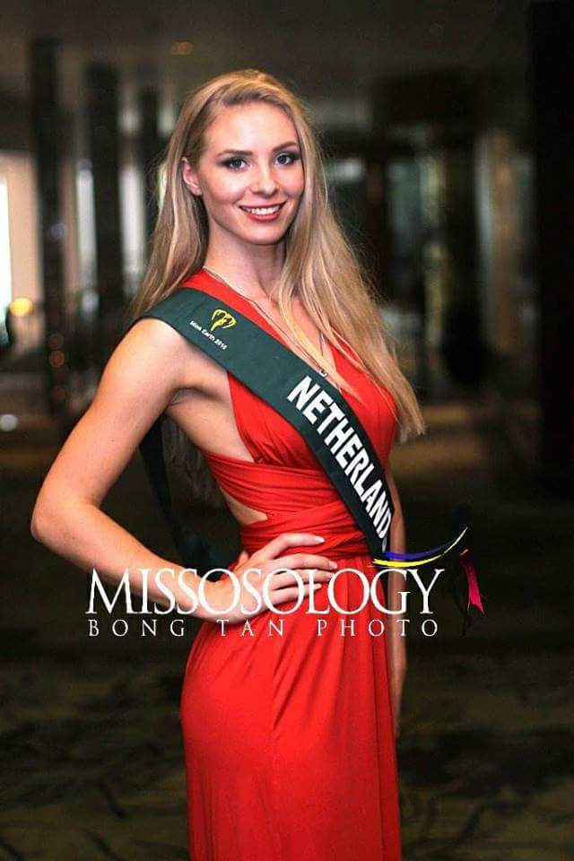 ✪✪✪✪✪ ROAD TO MISS EARTH 2018 ✪✪✪✪✪ COVERAGE - Finals Tonight!!!! - Page 6 Fb_i2720